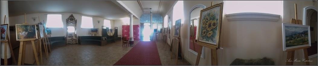 """Photo: Piata Republicii, Nr.52 - Teatrul Municipal """"Aureliu Manea"""", in foaier, Expozitie de arta plastica """"Irizări,"""" organizata de artisti plastici  membrii ai Societatii  Culturale """"Filarmonia"""" Turda - 2019.06.30"""