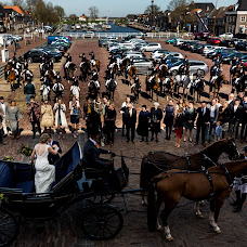 Wedding photographer Louise van den Broek (momentsinlife). Photo of 09.04.2018