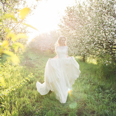 Wedding photographer Darya Gerasimenko (Darya99). Photo of 14.04.2018