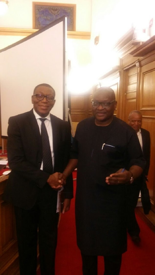 "Dikgang ""Uhuru"" Moiloa shakes Gauteng Premier David Makhura after being appointed as new MEC of human settlements."