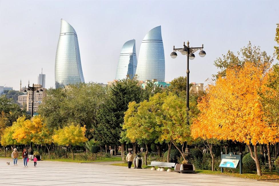 Baku, Flame Towers, Alov qüllələri
