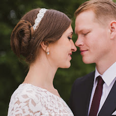 Wedding photographer Elina Skuridina (elenstone). Photo of 19.08.2014