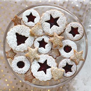 Raspberry Pinot Noir Linzer Cookies