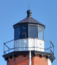 Photo: The tower supports a 10-sided cast iron lantern. The Lighthouse was manned by a head keeper and two assistant keepers