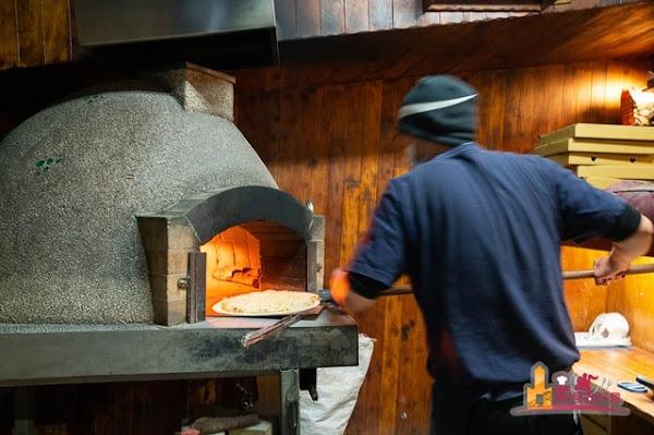 鉄披屋窯燒披薩 T-PIZZA&PJ