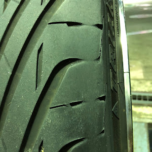 ヴェルファイア AGH30W Z・Gのタイヤのカスタム事例画像 N-kazuさんの2018年10月15日00:34の投稿