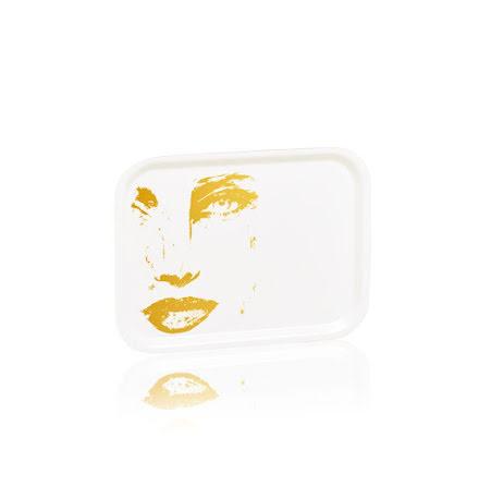 Bricka Piece of Me Guld 27x20 cm - Carolina Gynning
