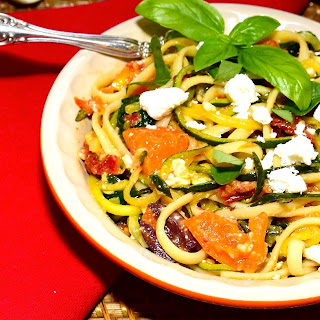 Zucchini Spaghetti with Linguine, Olives and Feta