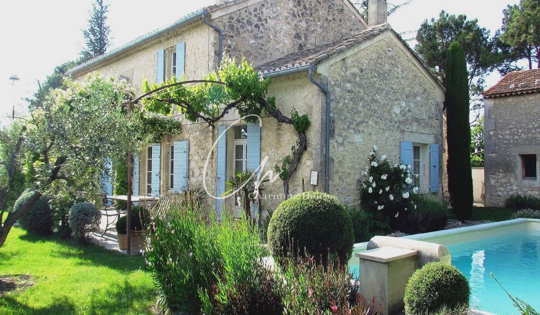 Villa avec piscine et terrasse Mollégès