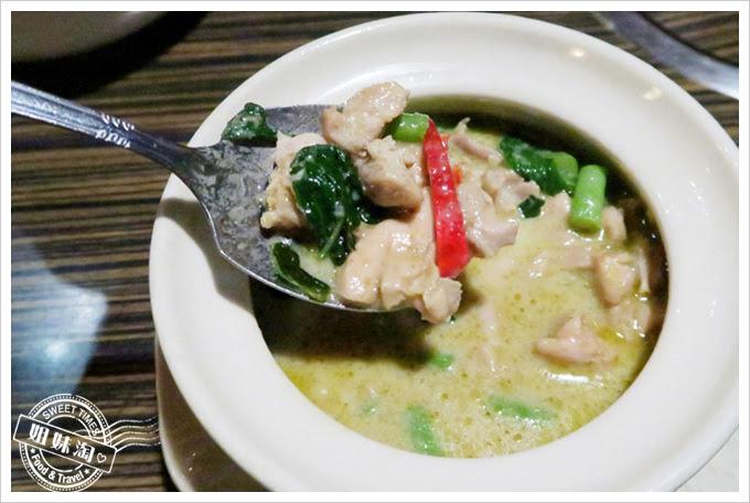 阿杜皇家泰式料理-綠咖哩雞肉