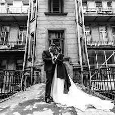 Wedding photographer Sergey Vlasov (svlasov). Photo of 27.11.2017