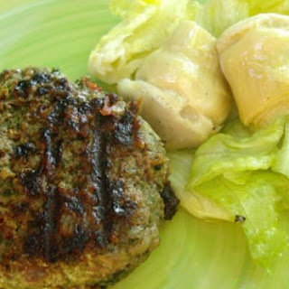 Beef Burgers With Cheese, Tomato And Mixed Greens.