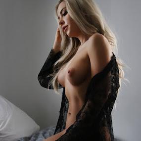 Amber by ObjeKtiva Artphoto - Nudes & Boudoir Artistic Nude ( model, nude, nudeart, art, artistic nude, seminude, beauty, sensual, playboy, glamour, sexy, lingerie, amber, breasts, hot, artnude, feminine, playmate )