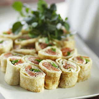 Smoked Salmon Pancake Roll Ups
