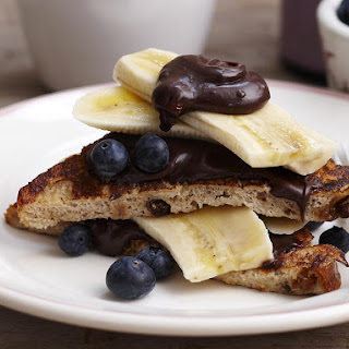 French Toast with Chocolate Hazelnut Spread