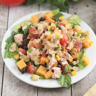 Easy 7-Layer Chicken Taco Salad.