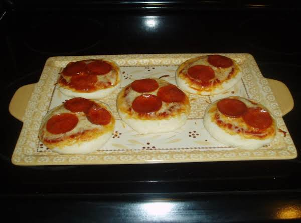 Rebecca's Bis-tastic Biscuit Pizza Recipe