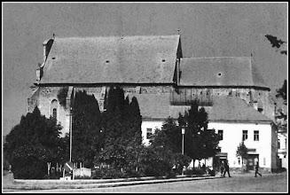 Photo: Piata Republicii - fostul scuar sursa R.C https://www.facebook.com/photo.php?fbid=1881550988825046&set=pcb.1881551208825024&type=3&theater