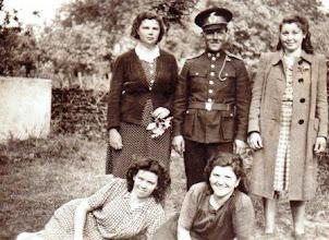 Photo: Szabó Margit,Bödők Vilmos tűzoltóparancsnok.,Szalai Ilonka Nagy Irma, Bödők Etelka - Décsiné 1940-