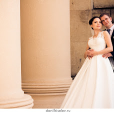 Wedding photographer Danil Kiselev (Kiselev). Photo of 11.01.2014