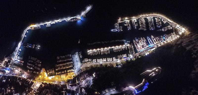Le luci del porto di Capri di americo_arcucci