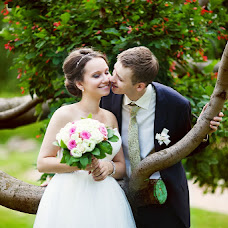 Wedding photographer Anna Mirtova (Mirtova). Photo of 24.07.2013