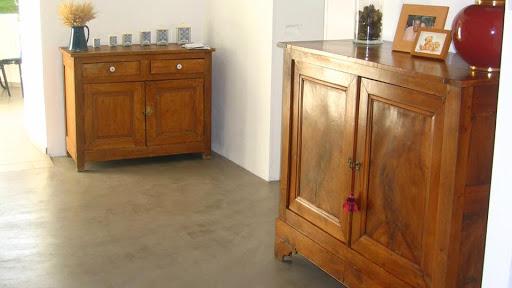 Enduit revêtement en béton ciré: solution décorative