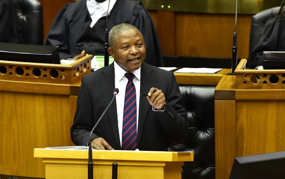 David Mabuza struggles to define fourth industrial revolution - Business Day