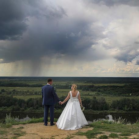 Wedding photographer Maksim Gulyaev (gulyaev). Photo of 21.04.2016