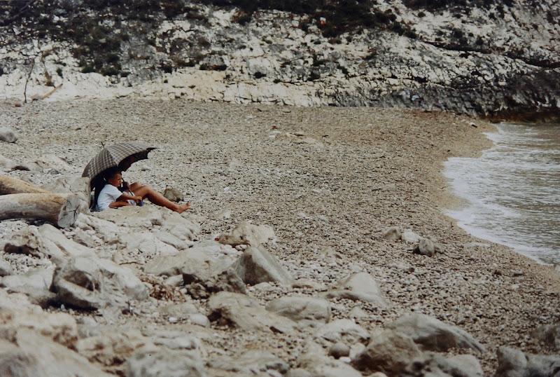 spiaggia stranamente deserta... di Lucabanchini