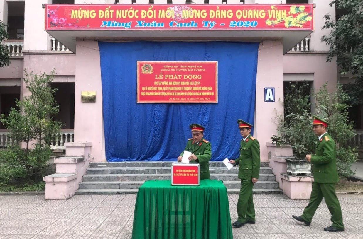 Công an huyện Đô Lương phát động học tập và ủng hộ gia đình 3 liệt sĩ