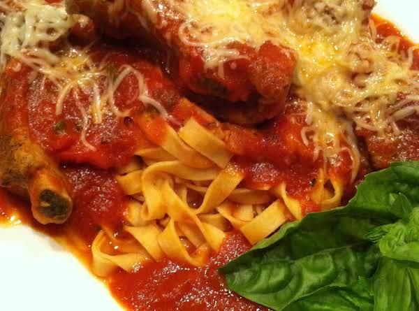 Basil Tomato Pork Ribs And Fettuccine Recipe
