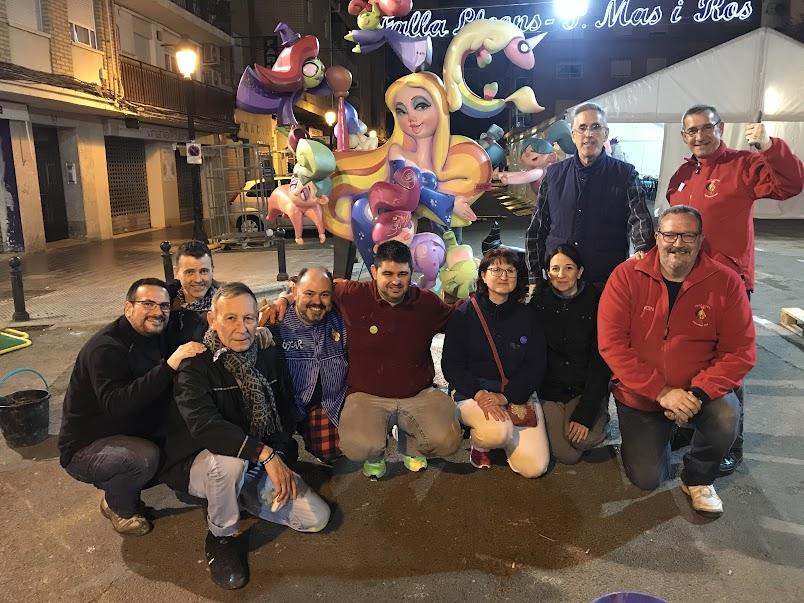 La Falla Els  Lleons-Poeta Más i Ros renueva a Vicente Fco. Lorenzo para la falla infantil del 2019.