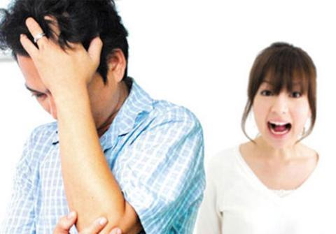 Vợ hãy tôn trọng anh ấy, đừng làm anh ấy buồn