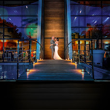 Wedding photographer Lorenzo Ruzafa (ruzafaphotograp). Photo of 03.10.2018