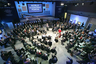 Photo: DAVOS/SWITZERLAND, 26JAN07 - Impression captured during the session 'BBC World Debate: Climate Change' at the Annual Meeting 2007 of the World Economic Forum in Davos, Switzerland, January 26, 2007.  Copyright by World Economic Forum    swiss-image.ch/Photo by E.T. Studhalter  +++No resale, no archive+++