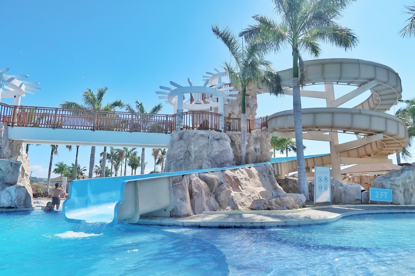 Aquaria Water Park Beach and Pool Getaway in Batangas 07