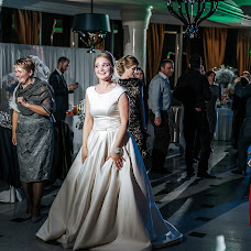 Wedding photographer Dmitriy Makarchenko (Makarchenko). Photo of 30.04.2018
