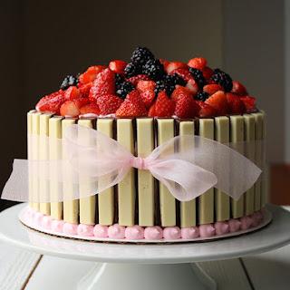 Basket of Berries Cake