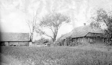 Photo: Grigalausko Petro troba. Nuotrauka iš Genutės ir Irutės Grigalauskaičių asmeninių archyvų