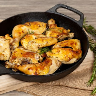 Seasoned Skillet-Roasted Chicken Legs