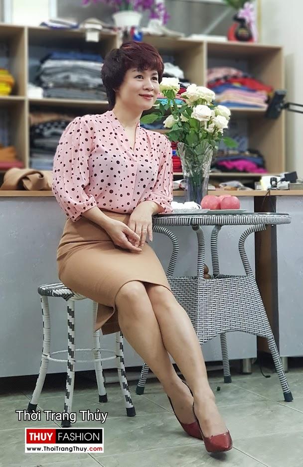 Bộ áo vest nữ áo sơ mi và chân váy công sở V697 thời trang thủy sài gòn