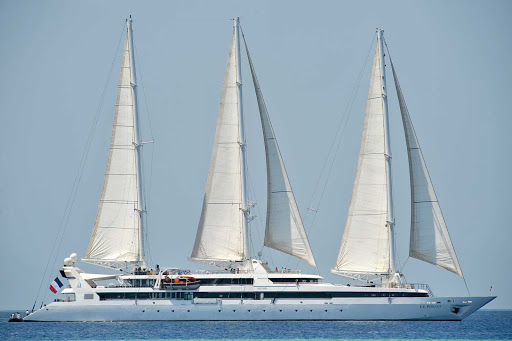 Ponant-maldives9.jpg - Le Ponant, with just 64 passengers, sails to exotic ports of call the world over.