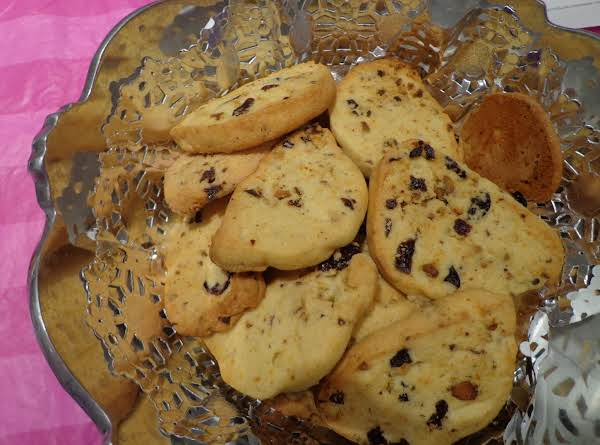 Pistachios And Fruit Cookies