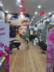 Valentine Unisex Salon photo 8