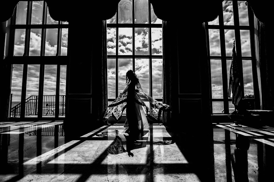 Wedding photographer Sabina Mladin (sabina). Photo of 24.05.2019