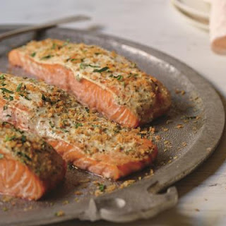 Oven-Baked Tarragon-Scented Salmon
