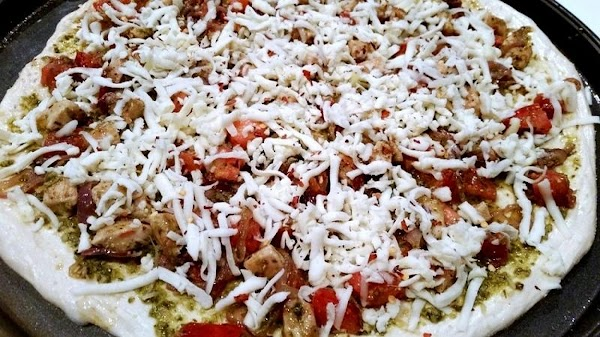 Sprinkle evenly with mozzarella and I then sprinkled with some red pepper flakes. (...