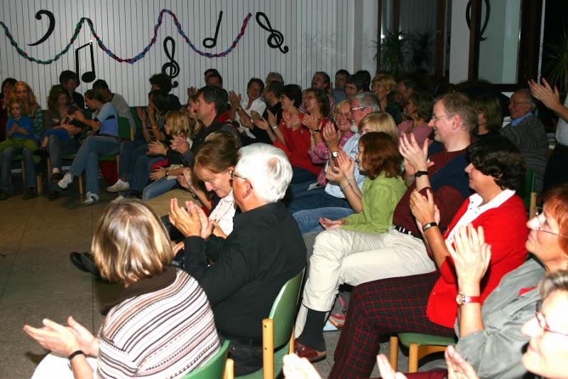 """Photo: Abendessen/""""Bunter Abend"""" beim Jubiläumswochenende  Jugendherberge Rurberg / 28.10.2006"""
