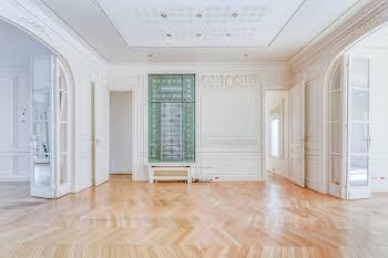 Appartement 10 pièces 299 m2